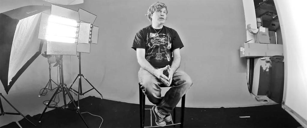 Eezy kevytyrittäjä Era Mikkola, AD, Copywriter, muusikko, Web Designer